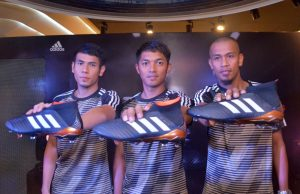 adidas-kasut-but