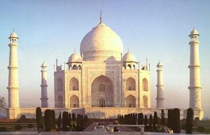 old-palace-taj-mahal